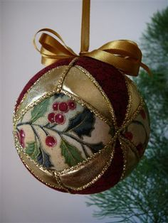 ** Vánoční ozdoba - patchwork **