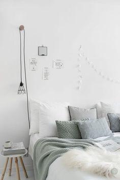16 Relaxing Scandinavian Bedroom Design Ideas - Best Home Remodel Dream Bedroom, Home Bedroom, Modern Bedroom, Bedroom Mint, Bedrooms, Minimalist Bedroom, My New Room, My Room, Bedroom Lamps