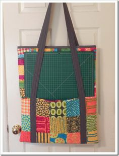Quilting bee bag - take along supplies to quilt class - fits 22x26in quilter mat and ruler. great gift idea for quilters