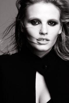 lara loreal portrait Lara Stone Named the New Face of LOreal Paris