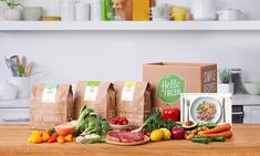 Earlier in the week I answered the door to a young man who was promoting Hello Fresh.  He offered me a 50% OFF promotion on a Classic Box for $35 which is normally $69.95.  Whilst …