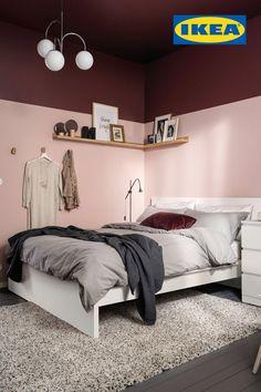 Obtenez jusqu'à 15% de réduction sur le prix des lits pendant la promo Chambres à coucher IKEA jusqu'au 23 septembre. Détails à fr.IKEA.ca. Apartment Bedroom Decor, Ikea Bedroom, Room Decor Bedroom, Home Bedroom, Bedroom Signs, Bedroom Rustic, Master Bedrooms, Bedroom Ideas, Interior Livingroom