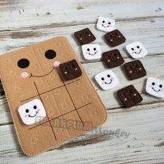 Items similar to S'more Tic Tac Toe, Tic Tac Toe, Travel Game, Quiet Game on Etsy Cute Crafts, Felt Crafts, Crafts To Sell, Diy And Crafts, Paper Crafts, Sewing Crafts, Sewing Projects, Projects To Try, Diy For Kids