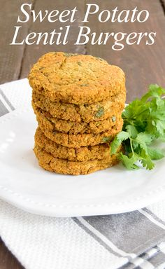The perfect combination of spicy, smoky and sweet, these sweet potato lentil burgers are far from boring health food! Super crispy, vegan, gluten free and come together easy! Veggie Recipes, Whole Food Recipes, Vegetarian Recipes, Healthy Recipes, Veggie Meals, Free Recipes, Lentil Burgers, Vegan Burgers, Quinoa Burgers