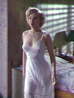 Marilyn Monroe | by lacyfullslip