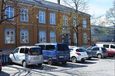 Bilder av Hornemannsgården 1909 og 2015 -adressa.no