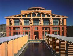 Michael Graves | Oficinas centrales de la corporación Disney | Burbank, California | 1987