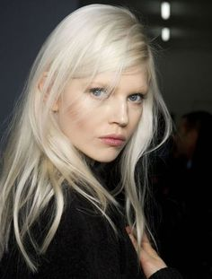 Do you want your hair to be blond? In this case, you should try to find the appropriate blonde hair Hair Inspo, Hair Inspiration, Character Inspiration, Platinum Blonde Hair, Icy Blonde, Nordic Blonde, Short Blonde, Swedish Blonde, Yellow Blonde Hair