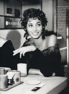 Vogue Italy Editorial November 1990 - Christy Turlington by Patrick Demarchelier