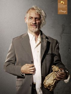 Photographer Simon and Kim - Lifestory - PEOPLE - Portrait - Bronze - ONE EYELAND PHOTOGRAPHY AWARDS 2014