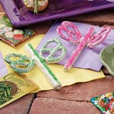 Dragonfly Snacks, candy coating & pretzels mmm ;)