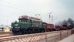 150 Jahre Eisenbahn in Österreich...ÖBB 1020.47 Strasshof 12.09.1987 (29/167) Old Steam Train, Locomotive, Locs, Taurus, Austria, Europe, Travel, Alps, Pictures