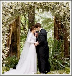 Twilight Style Weddings | ... 'Twilight' Couple Will Marry in Future : LifeStyle : Fashion & Style