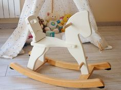 Do It Yourself - restaurer et chiner un cheval à bascule en bois pour enfant