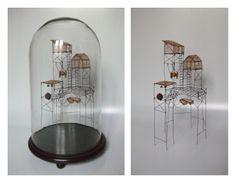 """Sculpture """"Village des pêcheurs de graines"""" sous globe - Isabelle Bonte- de Fer est mon Fil - 2012"""