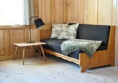 Neu renovierter Wohnbereich mit Sofa in der Schneiderei Schoppernau Sofa, Couch, Bed, Furniture, Home Decor, Interiors, Google, Renting, Night