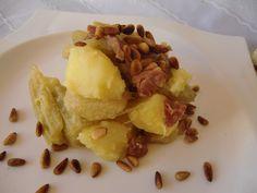 Hoy os traemos desde el blog de Las Recetas Fáciles de María un plato sano y sencillo de elaborar, cardo con jamón y piñones, ¿te apetece probarlo?