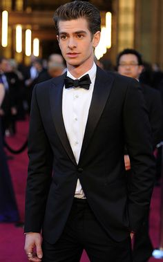 Andrew Garfield looking hot in a tux.