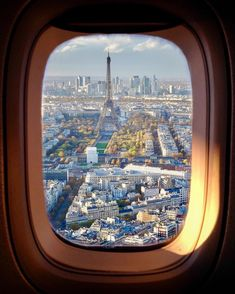 City Aesthetic, Travel Aesthetic, Airplane Photography, Travel Photography, Plane Window View, Places To See, Places To Travel, City From Above, Famous Places