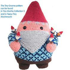 Jumbo gnome and tiny gnomes