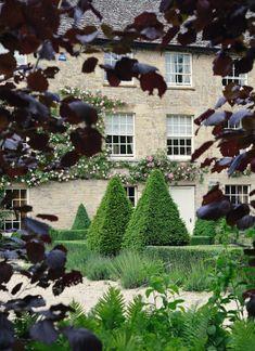 Экстерьеры от Arne Maynard Garden Design