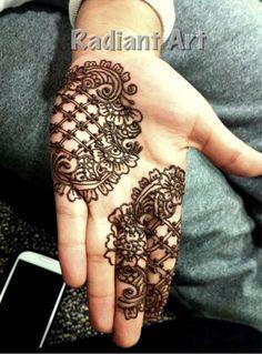 Uutt cupful drop cuff g doc htdfxg jklouytdd Henna Ink, Tattoo Henna, Henna Body Art, Tattoo Art, Mehendi, Mehndi Art, Henna Mehndi, Mehandhi Designs, Beautiful Henna Designs