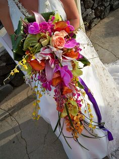 Tropical Trailing Bouquet