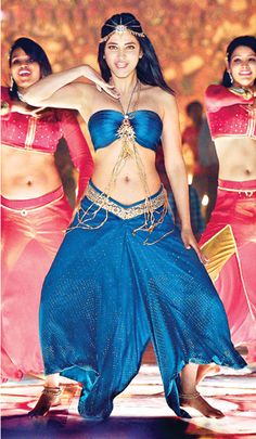 Actress Shruti Hassan Hot Pictures in Feb 2015