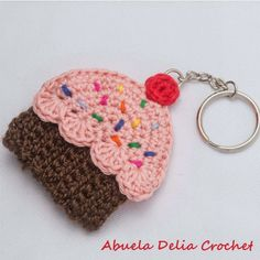 Crochet Cupcake, Crochet Mask, Crochet Food, Cute Crochet, Knit Crochet, Cupcake Cupcake, Crochet Patterns For Beginners, Crochet Patterns Amigurumi, Crochet Stitches