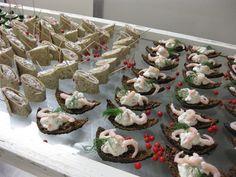 ylioppilasjuhlat - Google-haku Savory Snacks, Google, Desserts, Food, Tailgate Desserts, Deserts, Essen, Postres, Meals