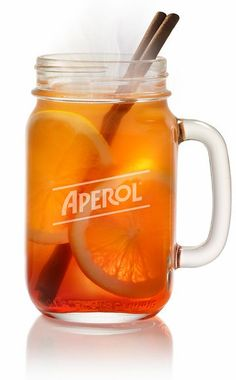 Hot Aperol: The recipe for the trend drink in winter - Essen Trinken - Drinks and Cocktails Healthy Eating Tips, Clean Eating Snacks, Healthy Drinks, Winter Drink, Winter Food, Halloween Cocktails, Winter Cocktails, Pina Colada, Foie Gras Cru