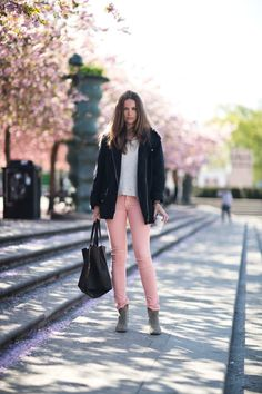 Light pink tight jeans | Carolines Mode