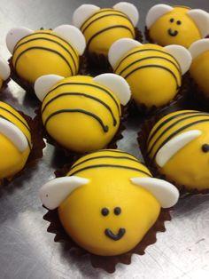 cake pop bees