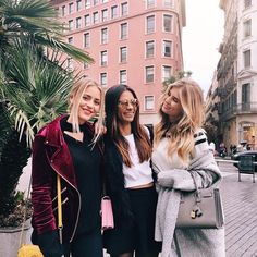 Reunited with my swedish loves! ♥️ @emitaz @jannid #GirlsWeekend #Barcelona