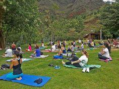 Parques municipais oferecem aulas gratuitas de yoga em BH