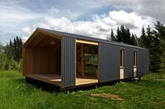 DublDom, a modular tiny house from Russia Small House Design, Cottage Design, Prefab Homes, Modular Homes, Studio Floor Plans, Tiny House Exterior, Weekend House, Tiny House Cabin, House Front