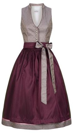 Love this dirndl style, especially the updated neckline. Need some dresses with similar styling for every day! Dirndl midi Kiara in Altrosa von Nübler - Designed in Bavaria Elegant Dresses, Beautiful Dresses, Casual Dresses, Belted Shirt Dress, Tee Dress, Dress Outfits, Fashion Outfits, African Fashion Dresses, Boho Dress