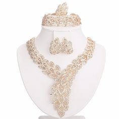 Moochi 18K Gold Plated Big Scarf-Shaped Crystal Chain Jewelry Set Africa Beads ** Learn more by visiting the image link.