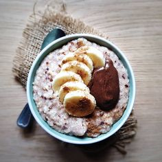 Porridge Bowl ❄❤ Good Morning Breakfast, Breakfast Bowls, Cold Day, Acai Bowl, Healthy, Recipes, Food, Acai Berry Bowl, Recipies