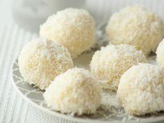 Voir la recette des boules coco très faciles