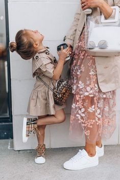 5 Things My Daughter has Taught Me Cella Jane 5 Things My Daughter has Taught Me Cella Jane mommyandme springoutfits burberry Kids Girls, Baby Kids, Toddler Girls, Girl Outfits, Cute Outfits, Family Outfits, Paris Chic, Look Girl, Baby Girl Fashion