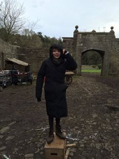 BTS - I'm thinking it must be a wee chilly at Lallybroch, eh, Romann?