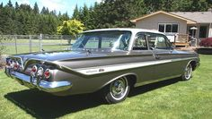 1961 Chevrolet Impala 2 door post sedan Maintenance/restoration of old/vintage vehicles: the material for new cogs/casters/gears/pads could be cast polyamide which I (Cast polyamide) can produce. My contact: tatjana.alic@windowslive.com