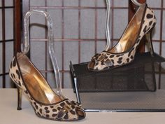Leopard Canvas DOLCE & GABBANA Italy Leather D&G Buckle Peep Heels Shoes 39.5 9Our price: $64.00http://2tymingthreads.com/index.php?l=503053