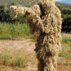 The latest Dry Grass type Desert Ghillie Camouflage Suit Camo CS Stealth Sniper Hunting Paintball Suit CS Tactical Ghilly Suit The Sniper, Sniper Rifles, Sniper Suit, Ghillie Suit, Camouflage Suit, Camouflage Patterns, Hunting Jackets, Hunting Clothes, Camouflage