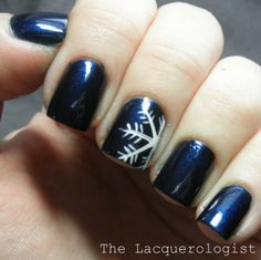 22 Gorgeous Ideas for Perfect Holiday Nails - Style Motivation