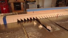 How To Make an Adjustable Sawtooth Shelf Support System - The Patriot Woodworker