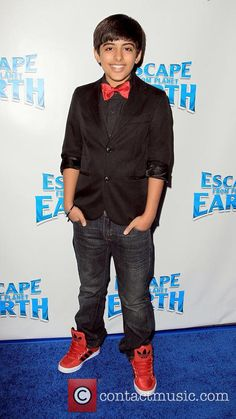 Karan Brar - Escape From Planet Earth Premiere | 4 Pictures ...