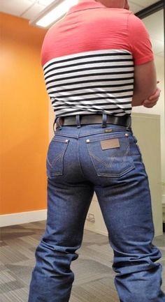 image Boots And Jeans Men, Tight Jeans Men, Boys Jeans, Hot Country Boys, Cowboys Men, Scruffy Men, Biker Boys, Hunks Men, Curvy Jeans