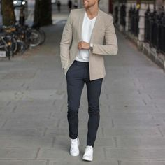 Casual yet classy outfit by 👌 Blazer Outfits Men, Casual Blazer, Blazer Fashion, Mens Fashion Suits, Mens Suits, Casual Outfits, Tan Blazer, Smart Casual Suit, Mens Casual Suits